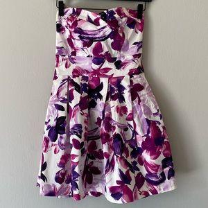 Eva Rose Floral Print Sweetheart Neckline Dress